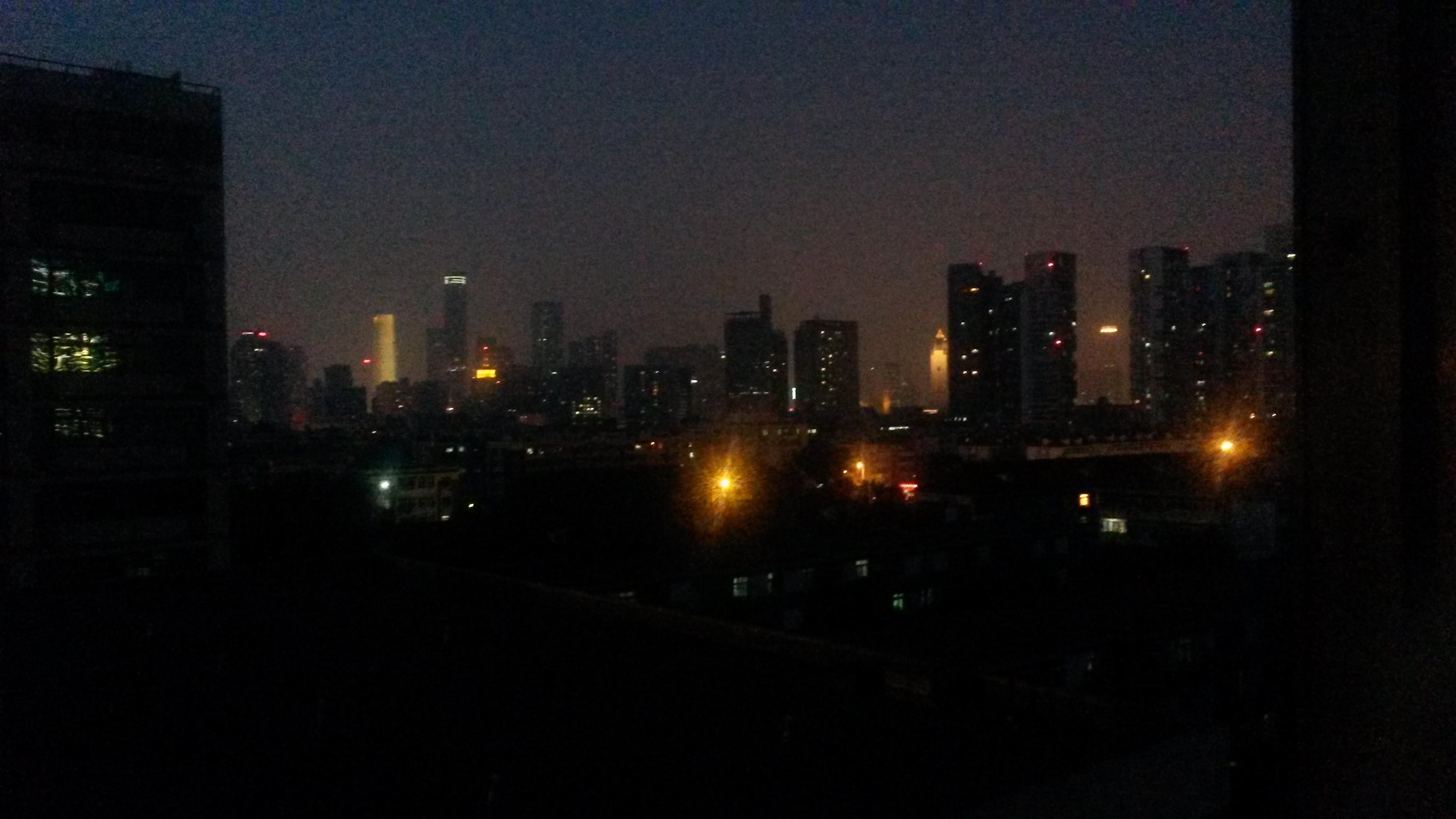 Η πόλη Τιαν Τζιν στην Κίνα το βράδυ